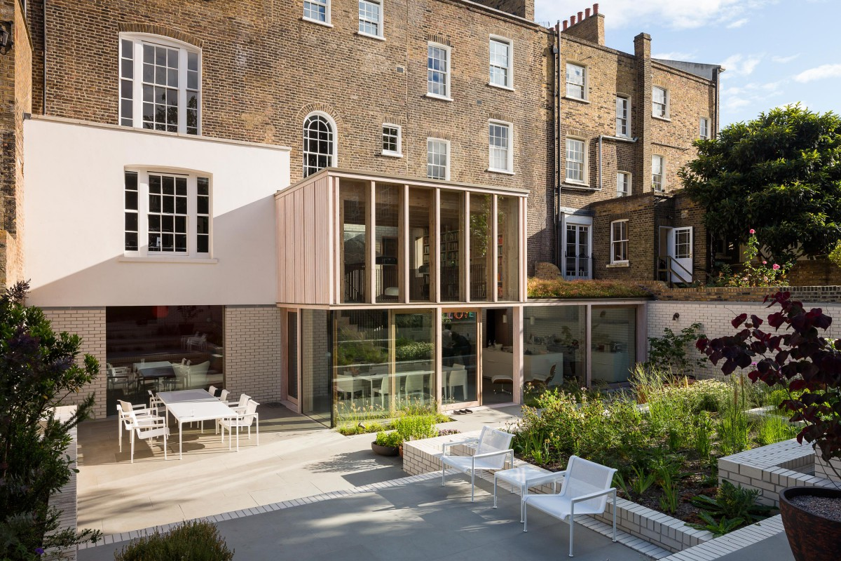 East london house mikhail riches for Modern architecture house london